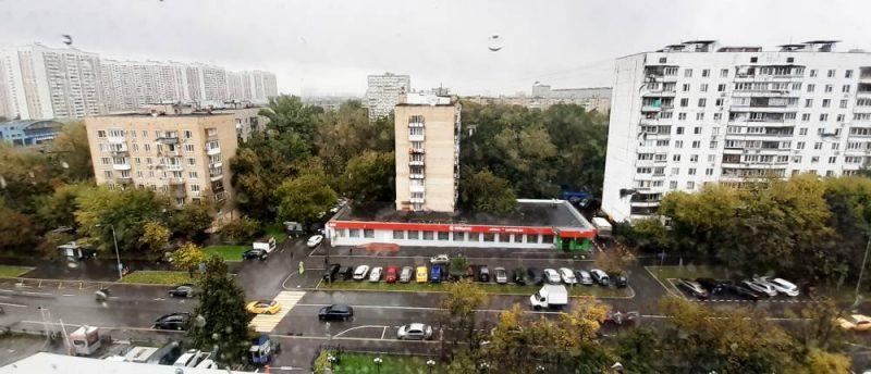Москва, улица Академика Королёва, 13, парковки